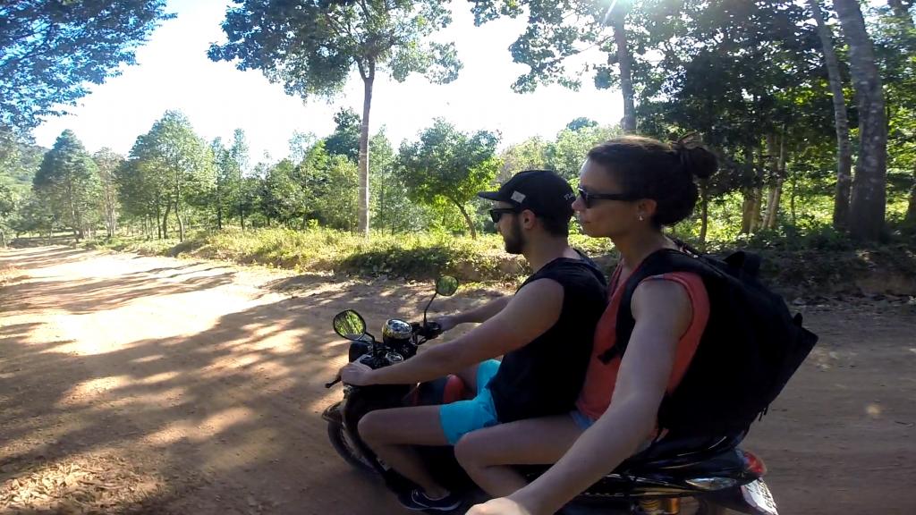 scooter à Koh Lanta